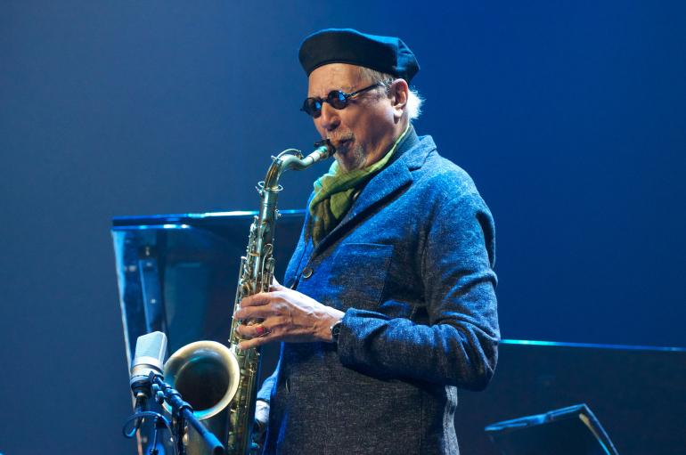 Charles Lloyd soloing