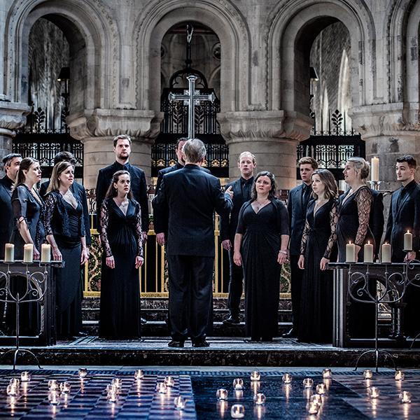 Tenebrae Choir in performance