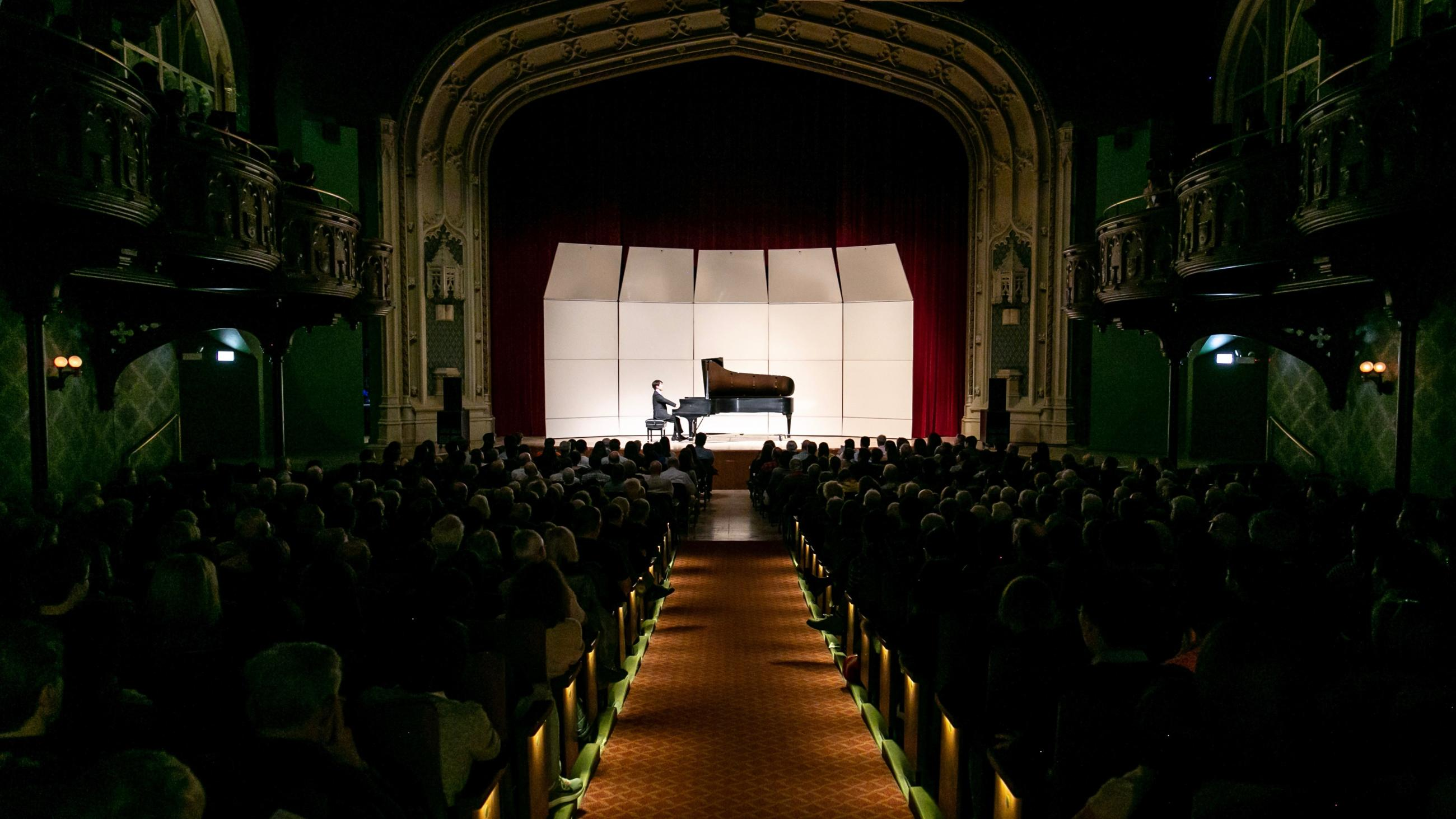 Pianist Seeing-Jin Cho performing in Mandel Hall