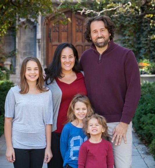 Andrew Siegel & Patty Jones and three children.