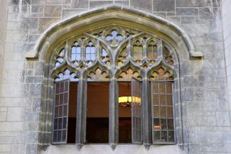 Open windows, gothic style