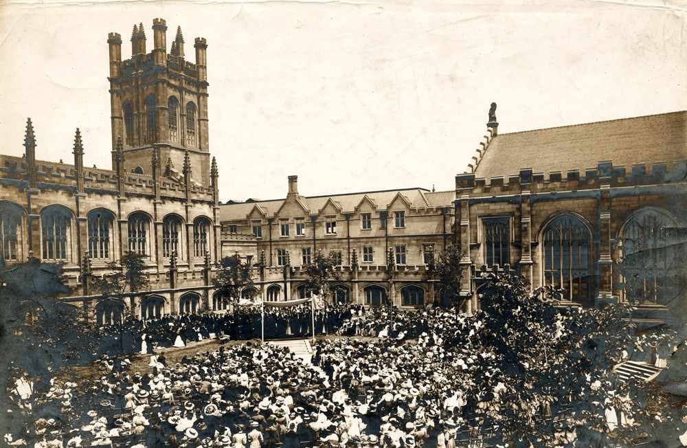 Convocation, 1910