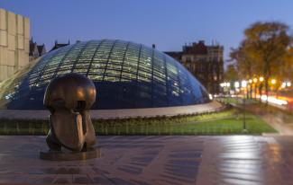 Henry Moore sculpture and Mansueto Library