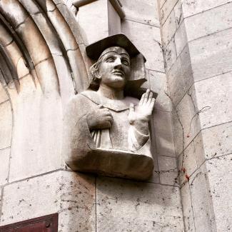 WB Statue