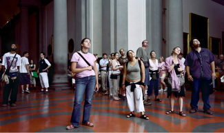 """Thomas Struth, """"Audience 3-Galleria dell'Accademia,"""" Courtesy of the Marian Goodman Gallery."""