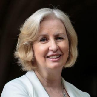 Anne Robertson headshot