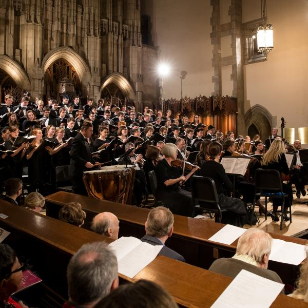 James Kallembach leads the Rockefeller Chapel and Motet Choirs in Handel's Messiah