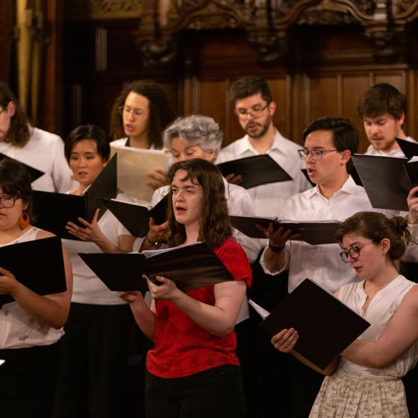 Singers in the Early Music Ensemble