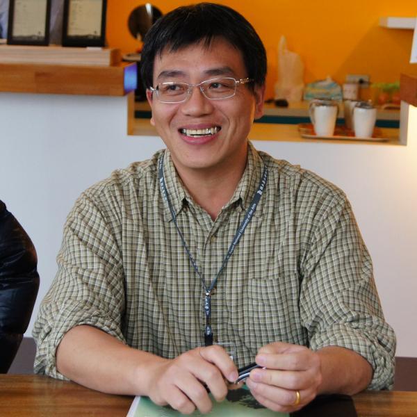 Chun-bin Chen Headshot