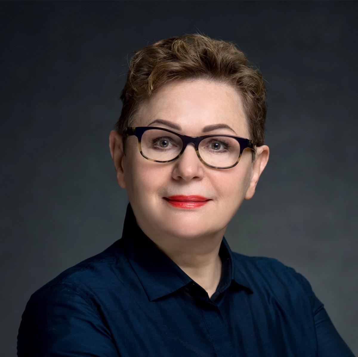 Bozena Shallcross